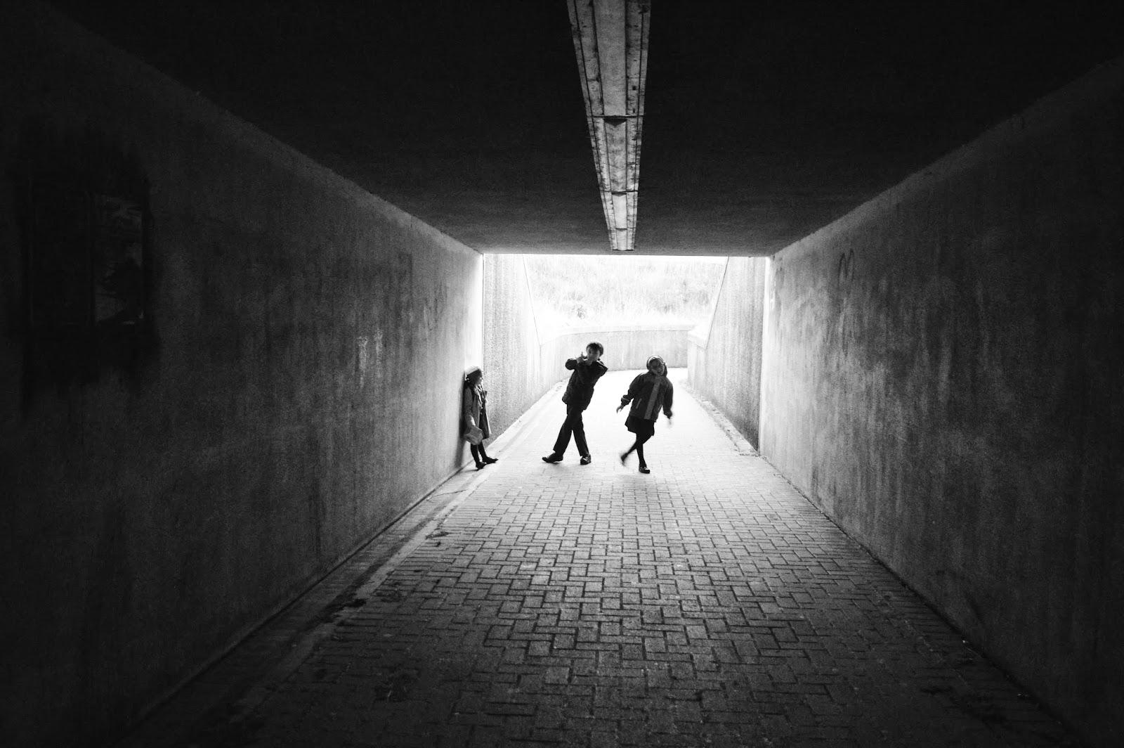 Kids silhouette photo monochrome tunnel light