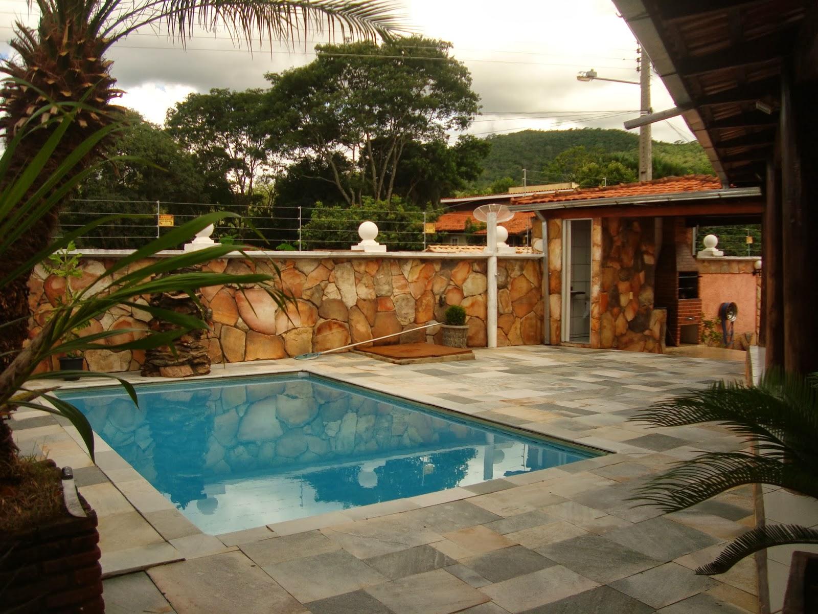 Alugar casas em piren polis mapa da pedra for Churrasqueira e piscina