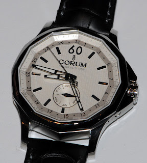Montre Corum Admiral&#8217;s Cup 42 Calendrier Annuel rfrence 503.101.20/0F01 FH10