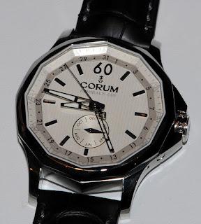 Montre Corum Admiral's Cup 42 Calendrier Annuel référence 503.101.20/0F01 FH10