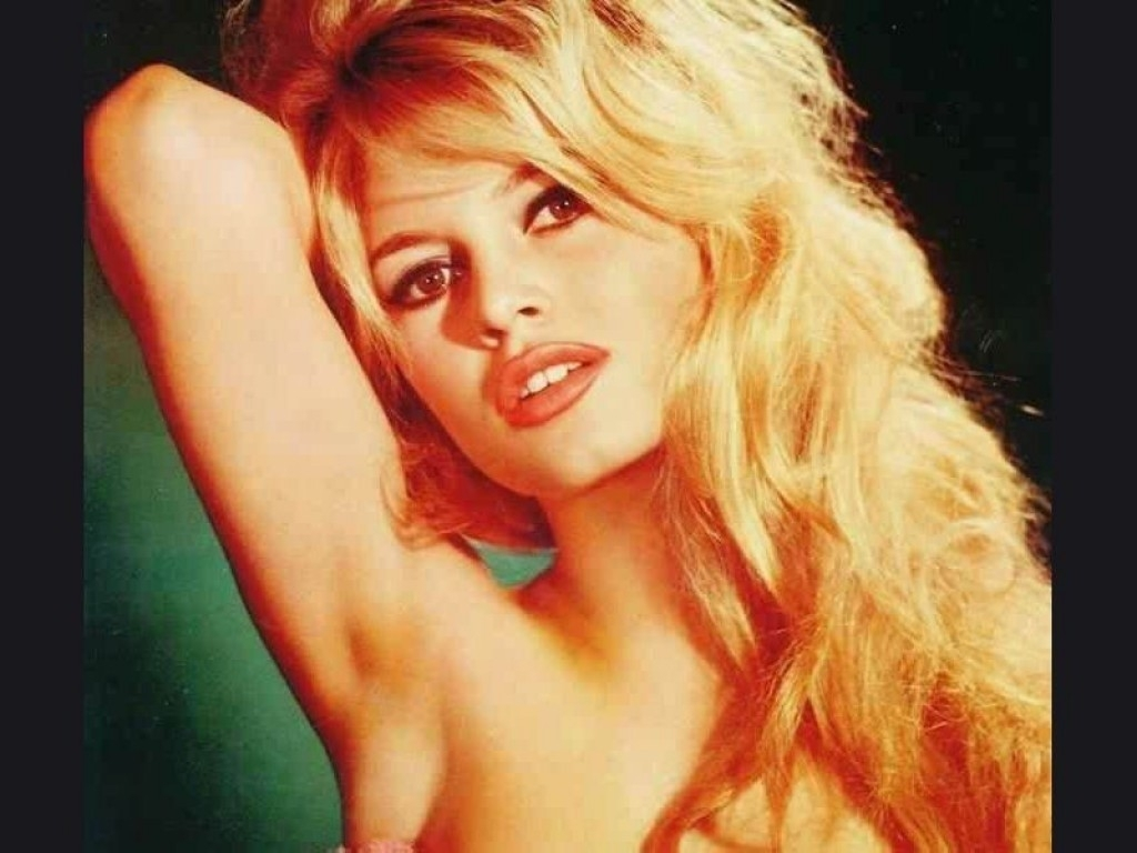 http://2.bp.blogspot.com/-7BYJgZRXB4A/UMnZgTsmoOI/AAAAAAAAJzs/YIAqUoRrsJw/s1600/Brigitte-Bardot-beautiful-bb-18707758-1024-768.jpg