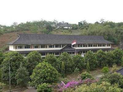 Inilah SMA Termahal Di Indonesia