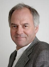 Helga König  im Gespräch mit Prof. Dr. Wilhelm Schmidt