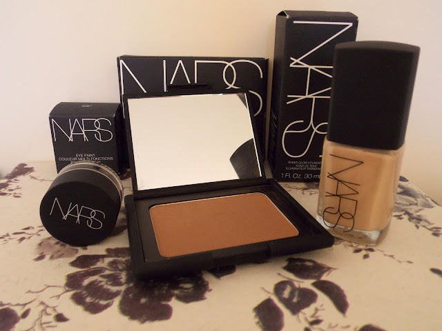 Nars Sheer Glow Foundation, Laguna Bronzer, Eye Paint in Ubangi