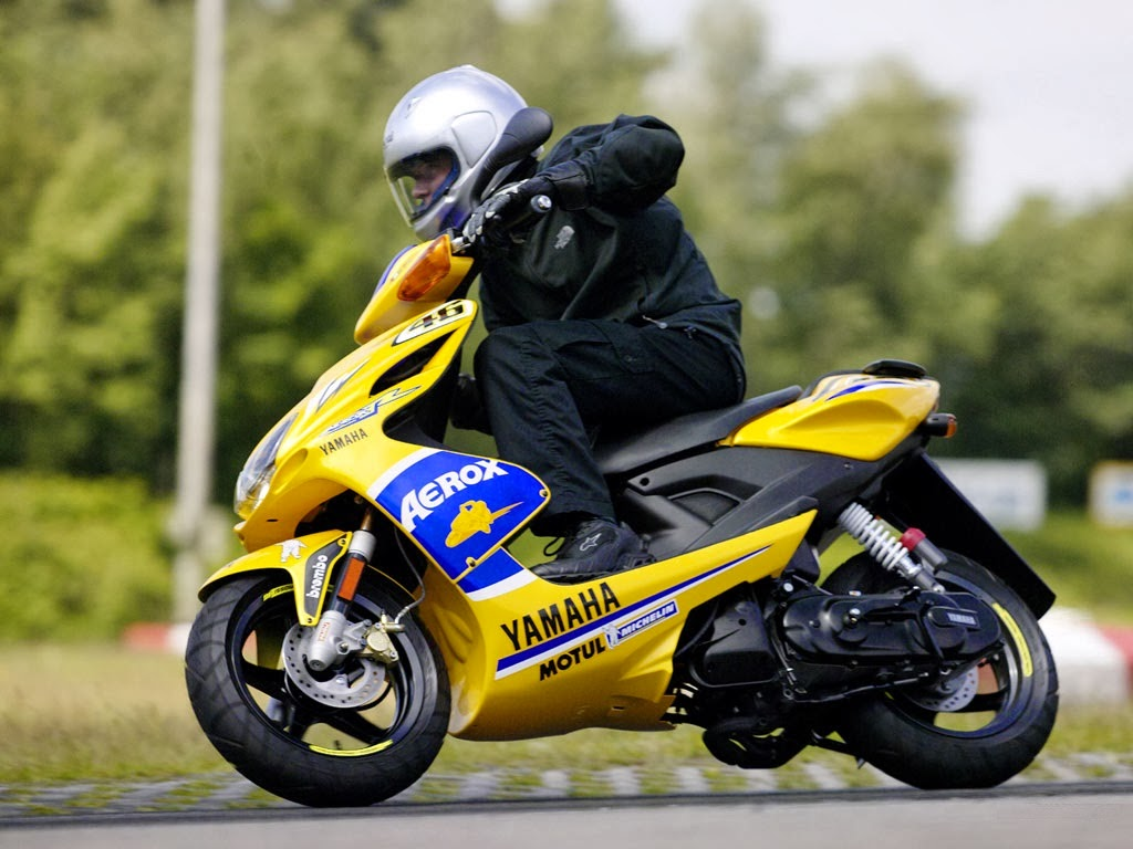 bike cars hd wallpapers yamaha aerox r race replica hd wallpapers. Black Bedroom Furniture Sets. Home Design Ideas