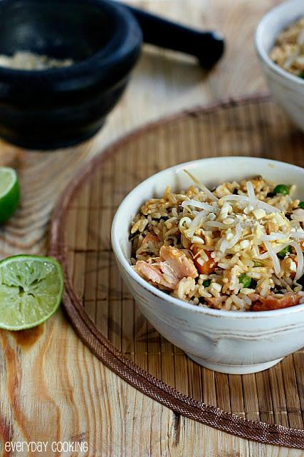 Szybki ryż z łososiem i mlekiem kokosowym