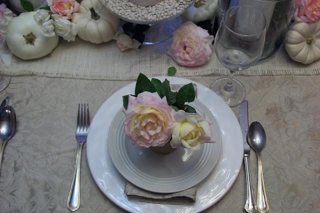 outdoor white burlap wedding buffet white gold blue wedding centerpiece