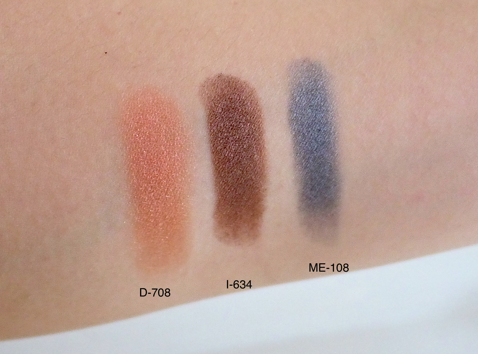 Make Up For Ever Artist Shadow ME108 I634 D708 swatch