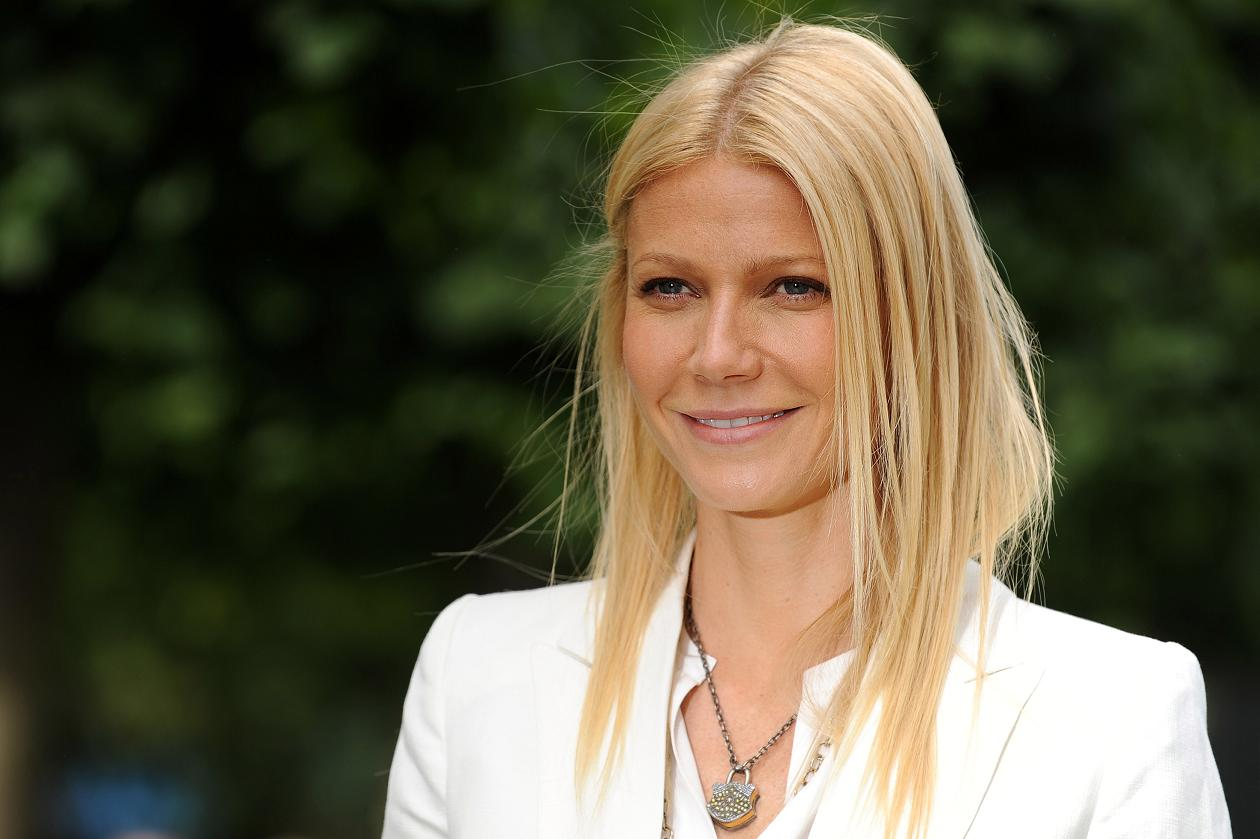 http://2.bp.blogspot.com/-7CX_uDy0q0A/Tmf8eUyzdeI/AAAAAAAACRI/B76iG7HEUac/s1600/Gwyneth-Paltrow-le-dice-si-al-adulterio.jpg