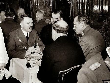 Mannerheim Hitler worldwartwo.filminspector.com