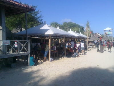 Pinggir Pantai Indrayanti