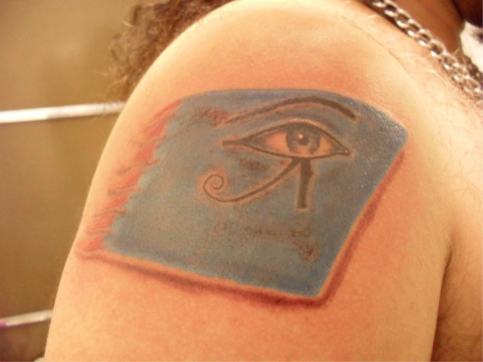 Inkuts tattoo udyat for Q significa contemporaneo