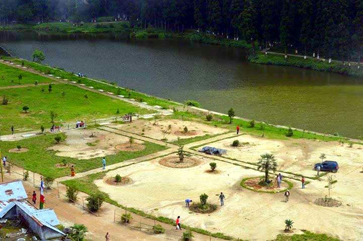 transformation of mirik lake garden