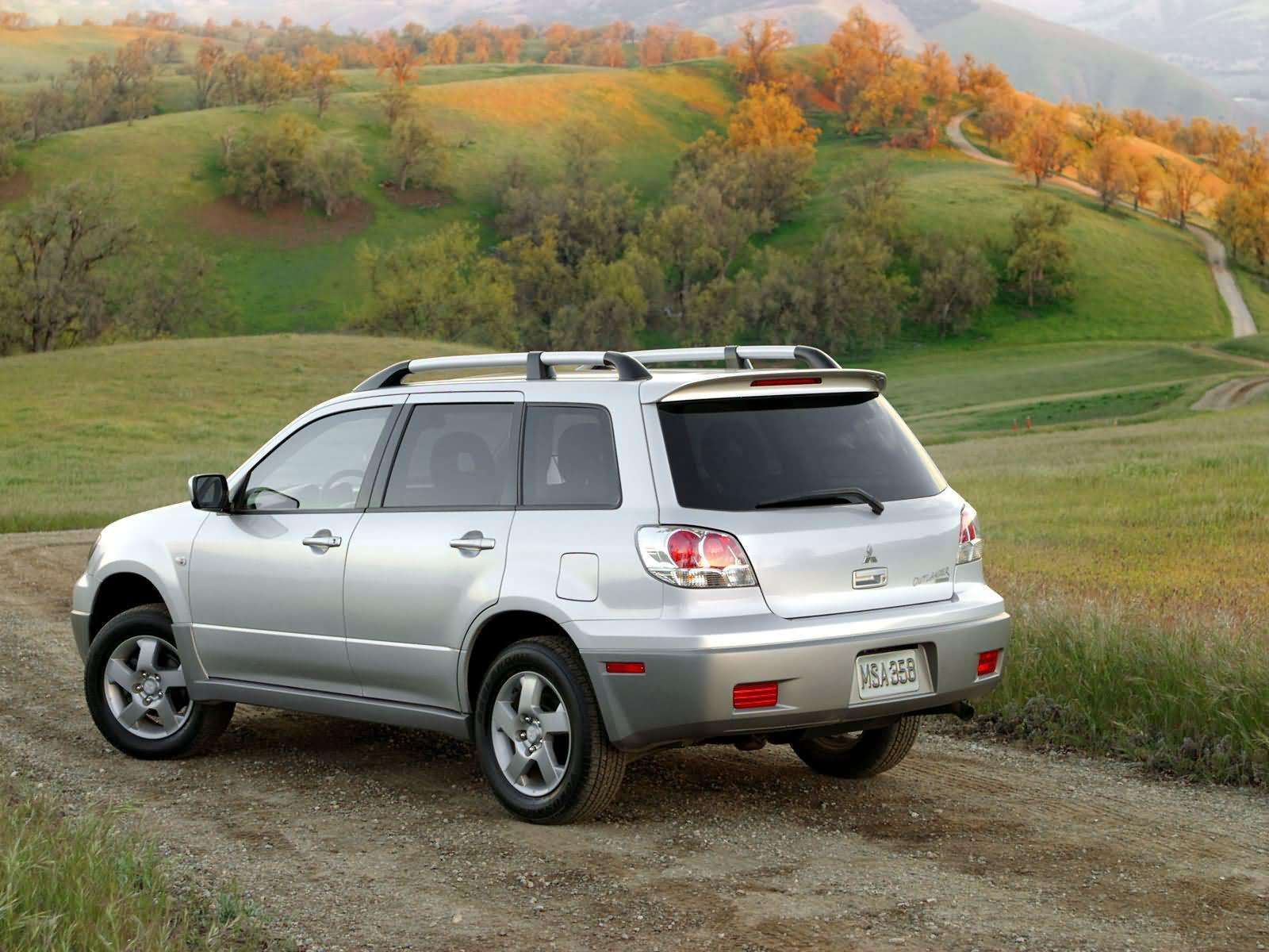 Automotive database mitsubishi outlander first generation fandeluxe Gallery