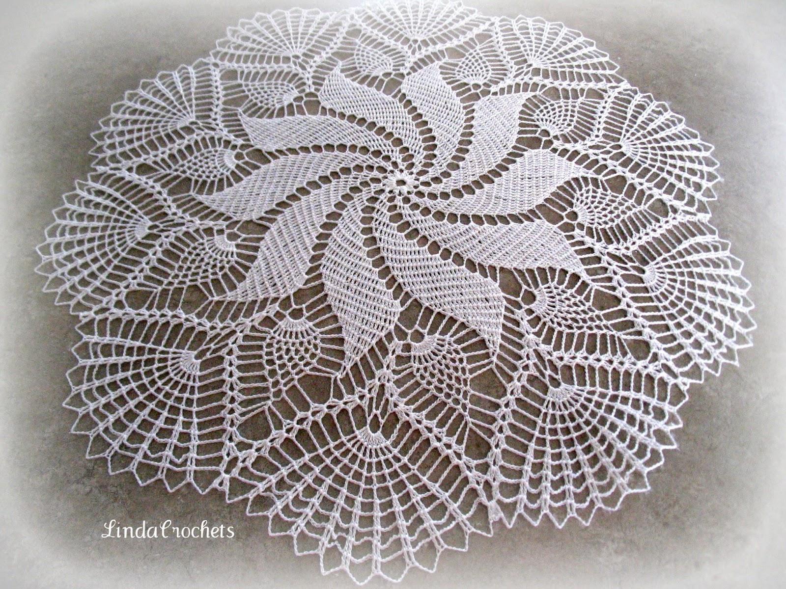 Linda crochets pineapple swirl doily pineapple swirl doily bankloansurffo Gallery