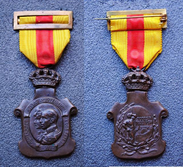 HOMENAJE DE LOS AYUNTAMIENTOS A LOS REYES 23 DE ENERO 1925 MEDALLA+HOMENAJE+DE+LOS+AYUNTAMIENTOS+A+LOS+REYES+23+DE+ENERO+1925
