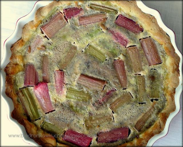 tarta z rabarbarem, tarta rabarbarowa, ciasto z rabarbarem