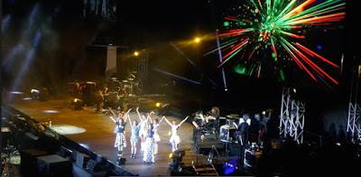 Mei Li Xin Shi Jie SHE Concert 2015 Singapore