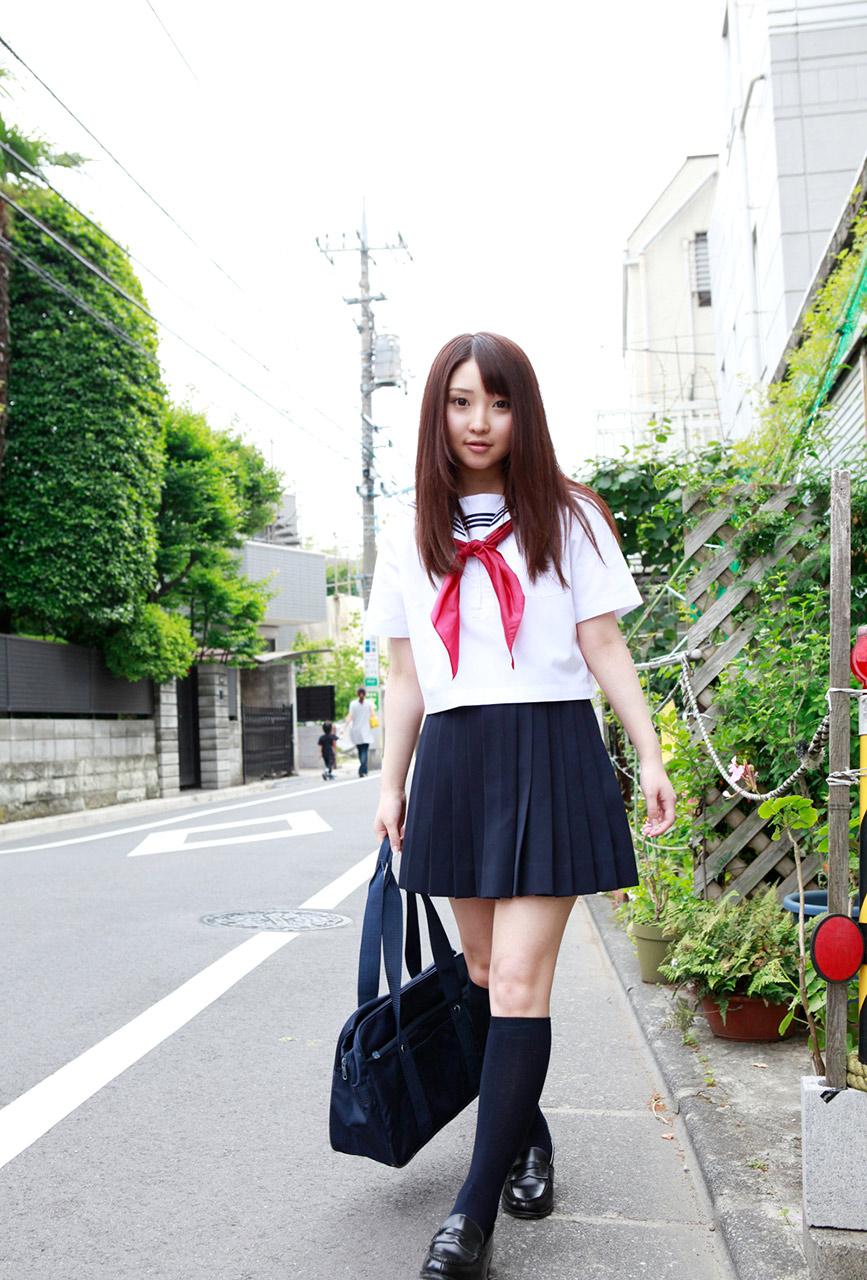 yoshiko suenaga sexy schoolgirl cosplay 04