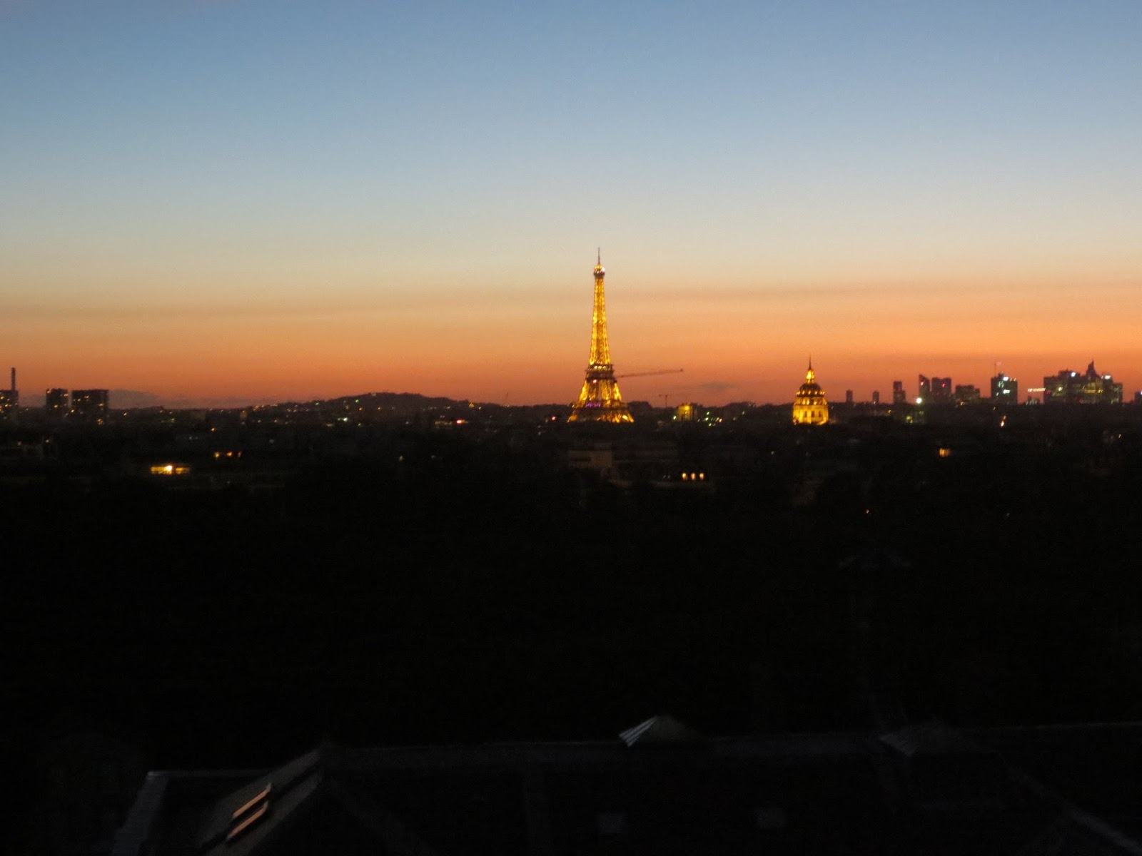 From newton to now the acropolis of paris the eiffel tower for Foyer international des etudiantes