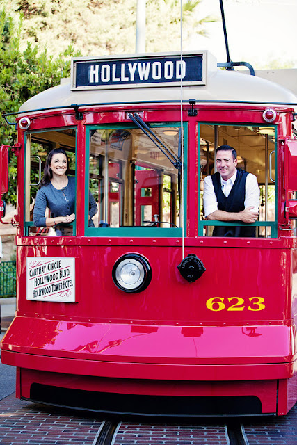 Disneyland Engagement Shoot {White Rabbit Photo Boutique}
