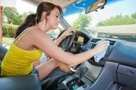 Cara Membersihkan Interior Mobil