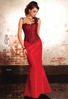 Vestido Rojo y tonos negros de NocheVieja