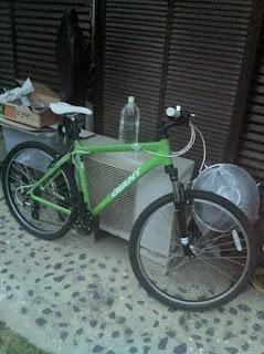 実家へ寄ったら弟がGIANTのMTB自転車を買っていた