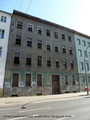 Verlassene Altbau, Berliner Allee, Weißensee, verschiedene orte