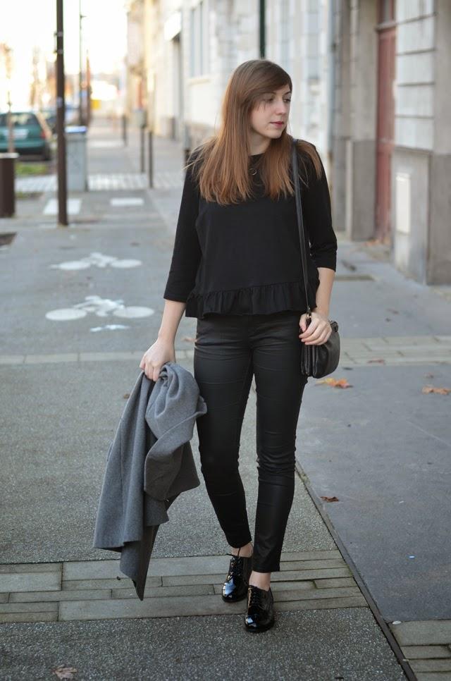 tenue noir femme