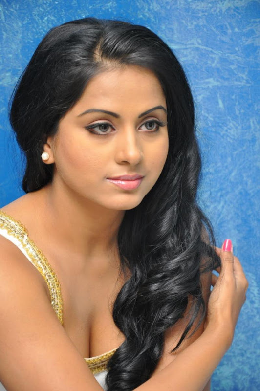 Telugu Item Cine Actress Rachana Mourya Latest Hot Stills Photos sexy stills