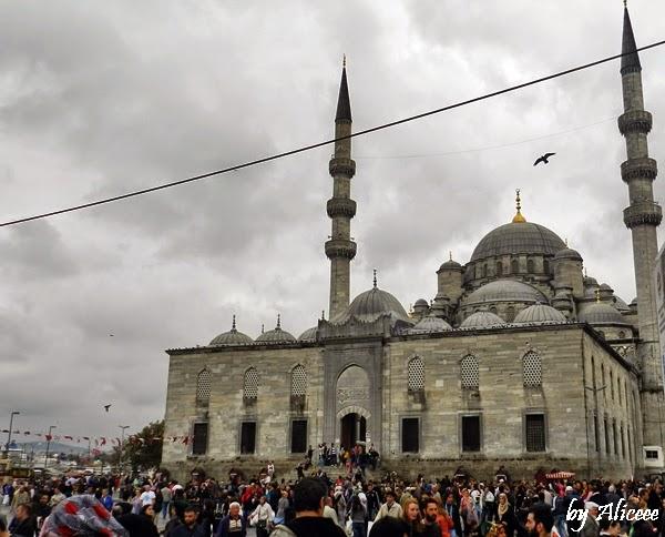 moscheea-noua-istanbul-langa-bazarul-egiptean
