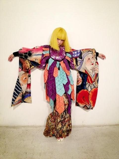 Kyary Pamyu Pamyu in yellow wig and avant garde kimono