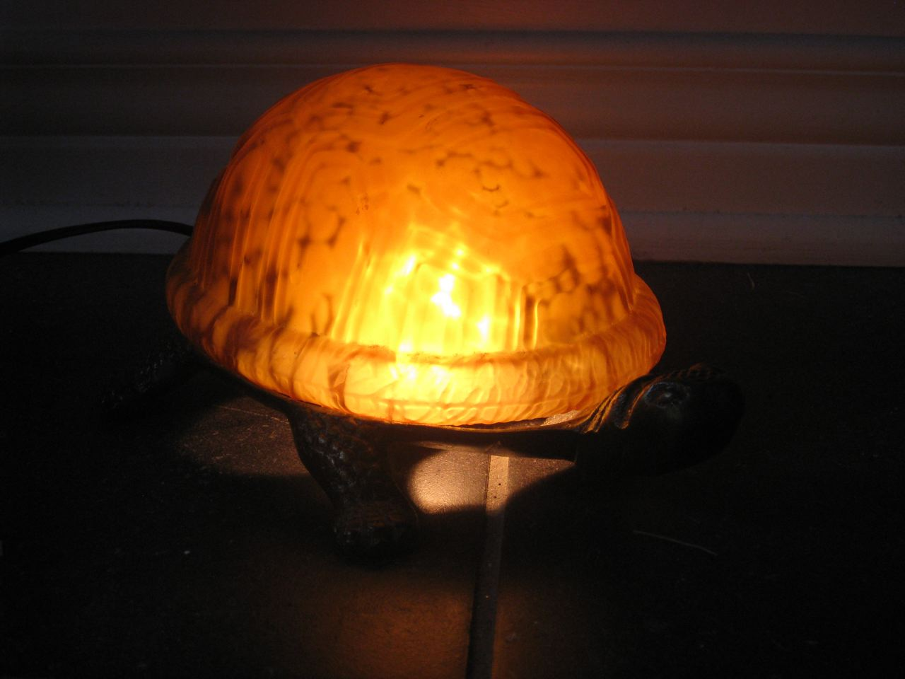 sale in ottawa meyda tiffany amber turtle lamp stained glass for sale. Black Bedroom Furniture Sets. Home Design Ideas