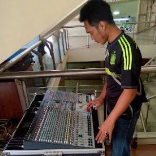 Muhammad Iqbal - Adhelia Sound - Sewa Sound System Murah Bekasi