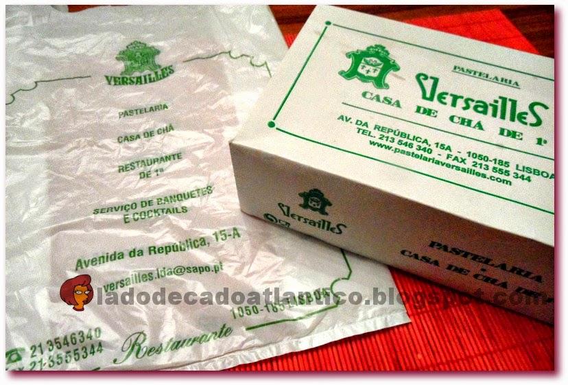 Imagem da sacola e caixa timbradas take-away da Pastelaria Versailles de Lisboa