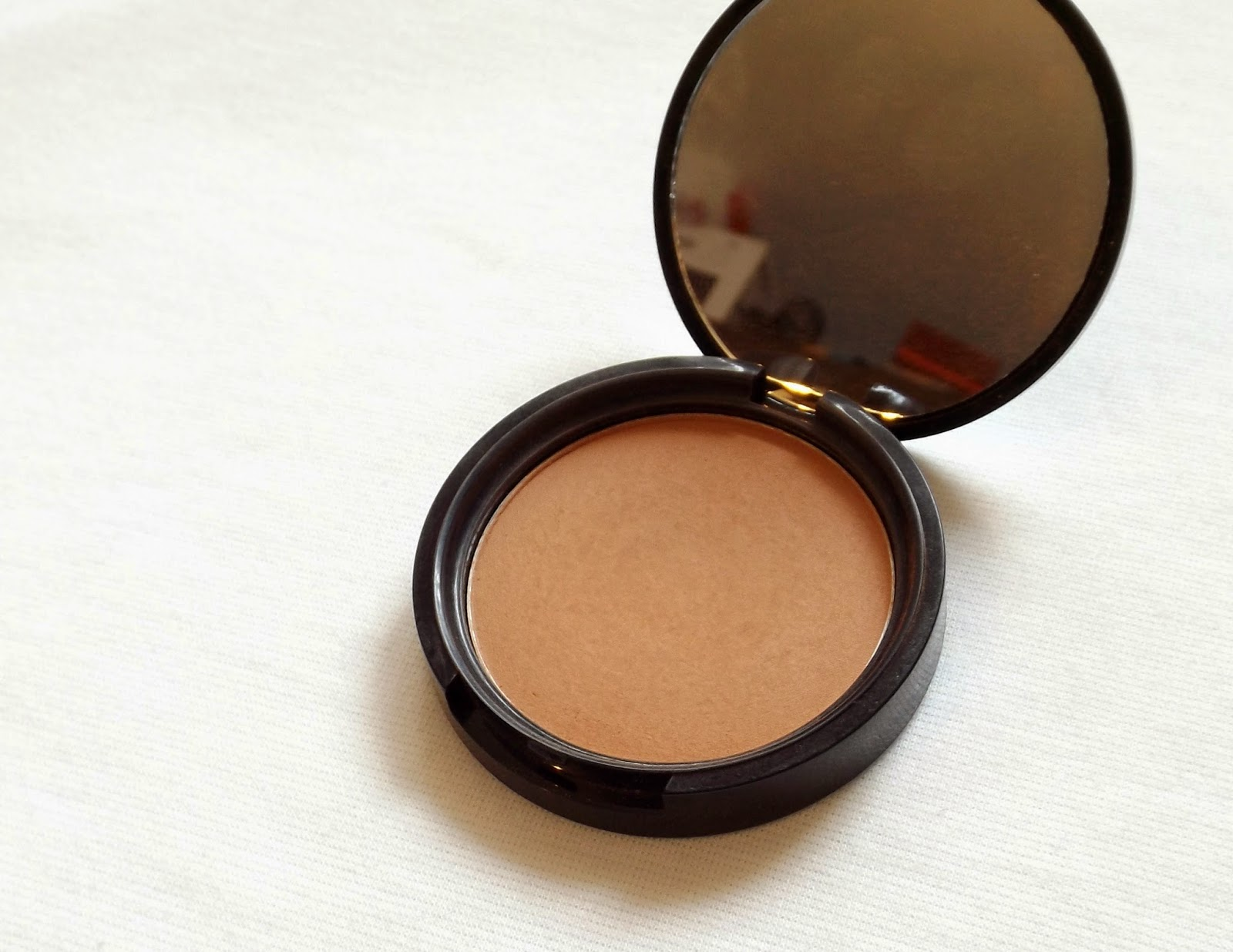 Guest Blogger Rukhsar Shakoof Nyx Matte Bronzer Review Swatches Me I Would Suggest Using A Light Hand With This As It Can Start To Look Bit Orange On Paler Skin Tones Or You Could Purchase In Lighter Shade