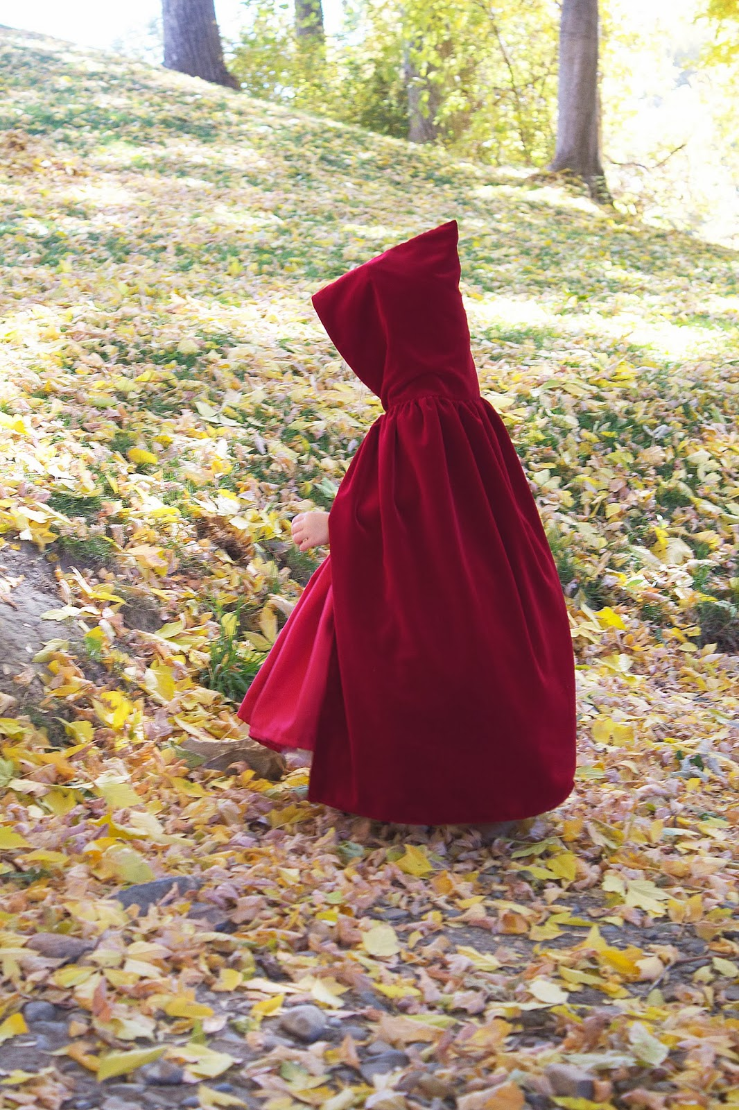 & do it yourself as: DIY: Little Red Riding Hood Costume/Cloak 2T-4T