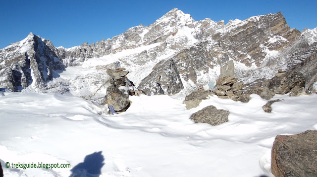 Snow in Gokyo Trekking