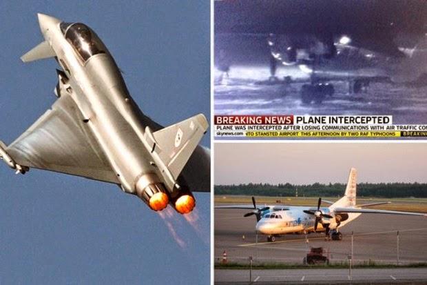 Adegan pesawat jet tempur Inggris saat mengancam menembak jatuh pesawat Latvia