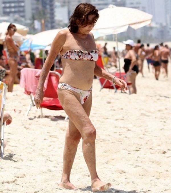 Viva Betty Faria Atriz Reaparece De Biqu Ni Na Praia