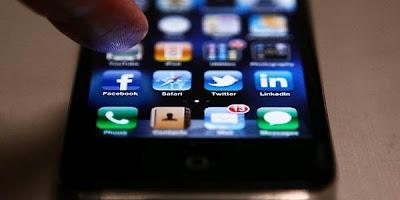 http://www.tabloidhandphone.com/2012/01/bocoran-fitur-fitur-iphone-5.html