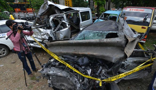 Anak Dhani Kecelakaan di Jagorawi
