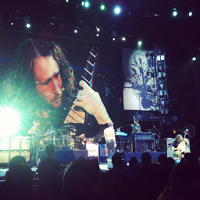 incubus tour jones beach new york