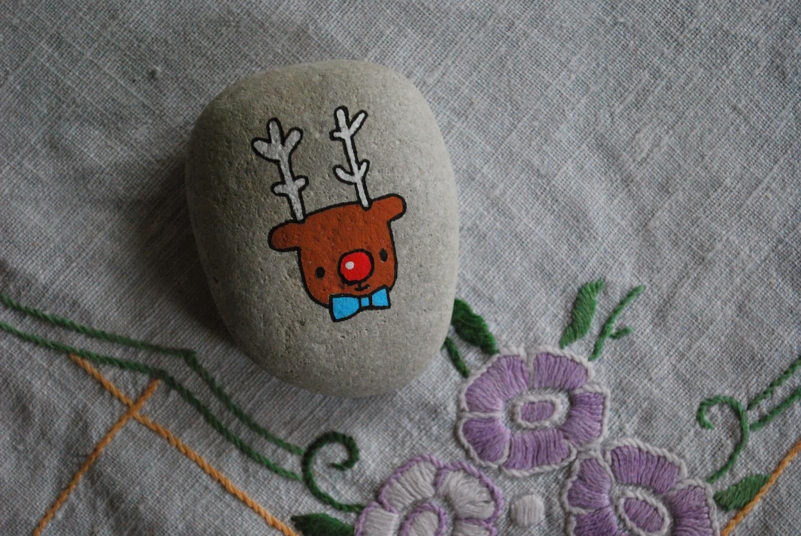 The puk project: mal på sten! en idé til hjemmelavede børnejulegaver