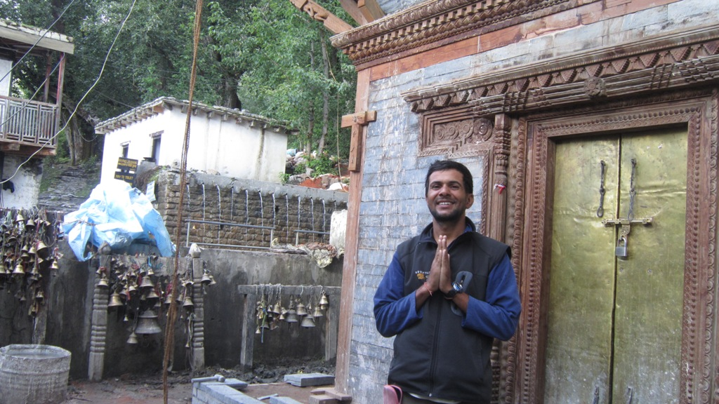 Hindu Piligrime tour in Muktinath temple