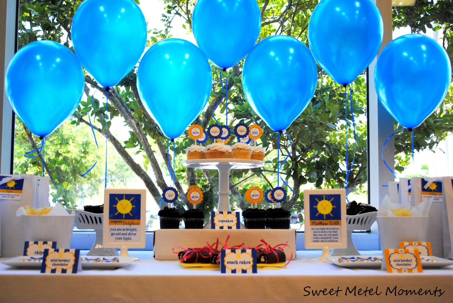 Sweet metel moments brody 39 s preschool graduation party free printable - Kindergarten graduation decorations ...