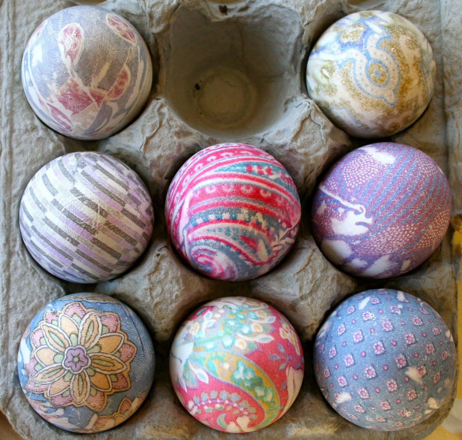 Flibbertigibberish Dyeing Eggstravaganza
