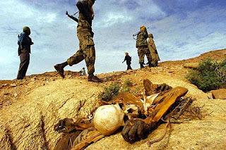 Los únicos que ven el final de la guerra son los muertos.
