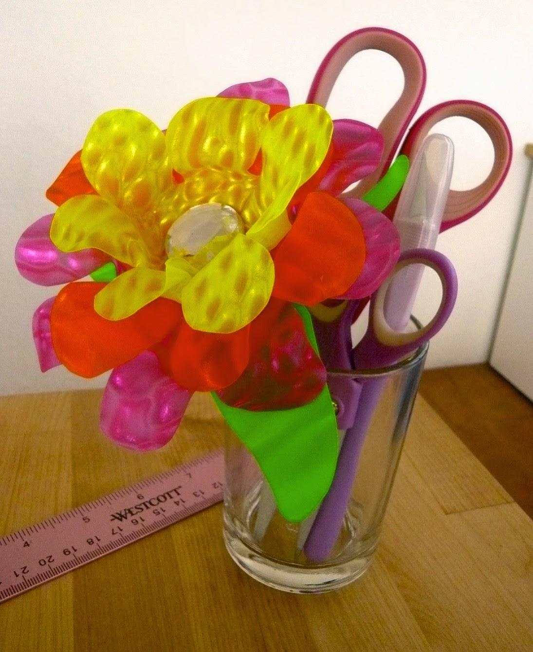 Цветы из пленки своими руками фото